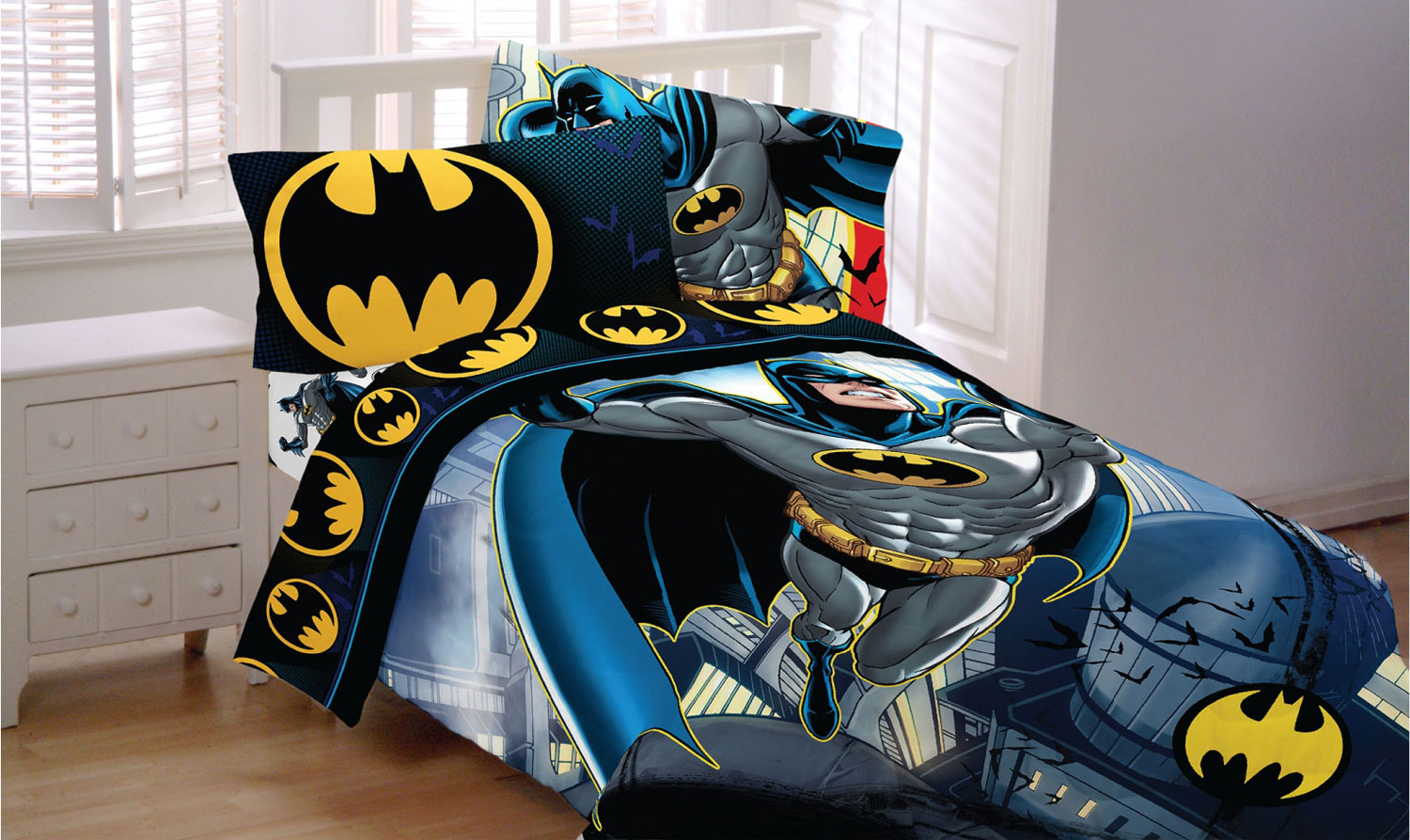 Batman polyester curtains are wrinkle resistantThese Batman