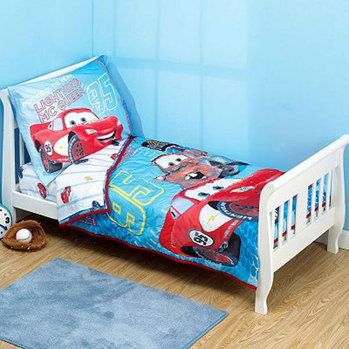 Disney Cars Bedding On Toddler Set Lightning Mcqueen Mater 4pc