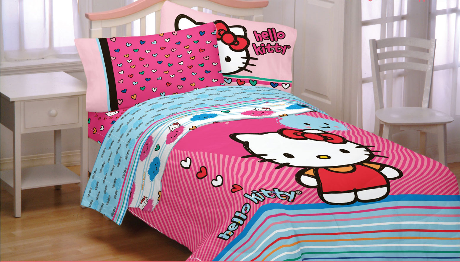 Sanrio Hello Kitty Bedding Set