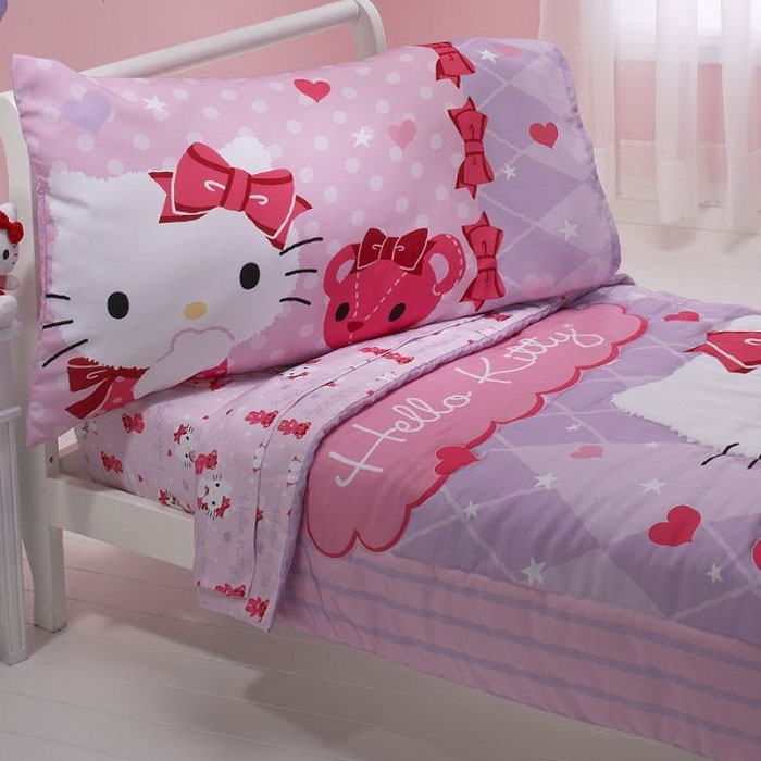 Sanrio Hello Kitty Toddler Bedding Set