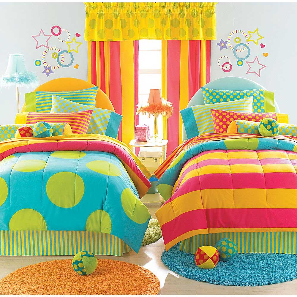 Marvelous Dots Reversible Bedding 8pc Twin Bed-in-Bag