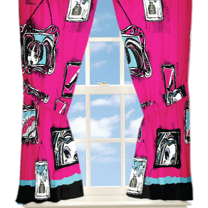 Mattel 4pc Monster High Curtain Set Freaky Fashion Window Panels and Tie-Backs