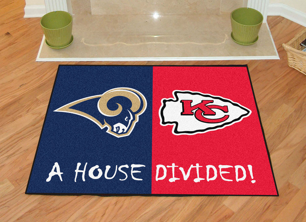 St louis rams vs kansas city chiefs house divided rug for Accent rug vs area rug