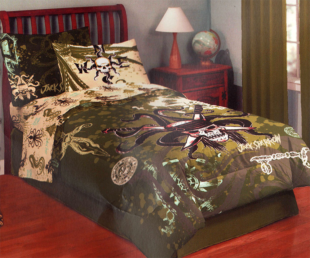 Disney Pirates Caribbean Kraken Skull Twin Bed Comforter