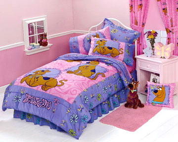 Scooby Doo Springtime - Girls Bedding Comforter - Twin Bed