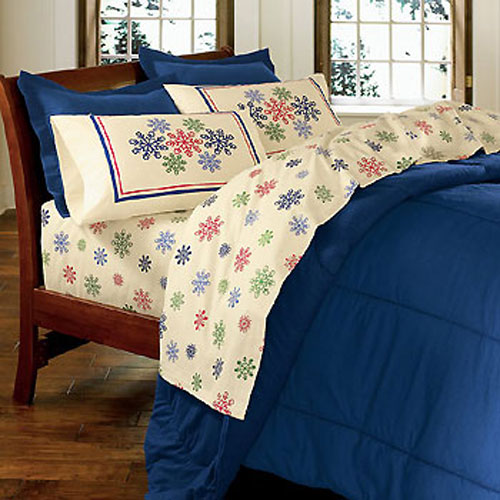 snowflakes cotton flannel 4pc christmas bed sheet set full size. Black Bedroom Furniture Sets. Home Design Ideas