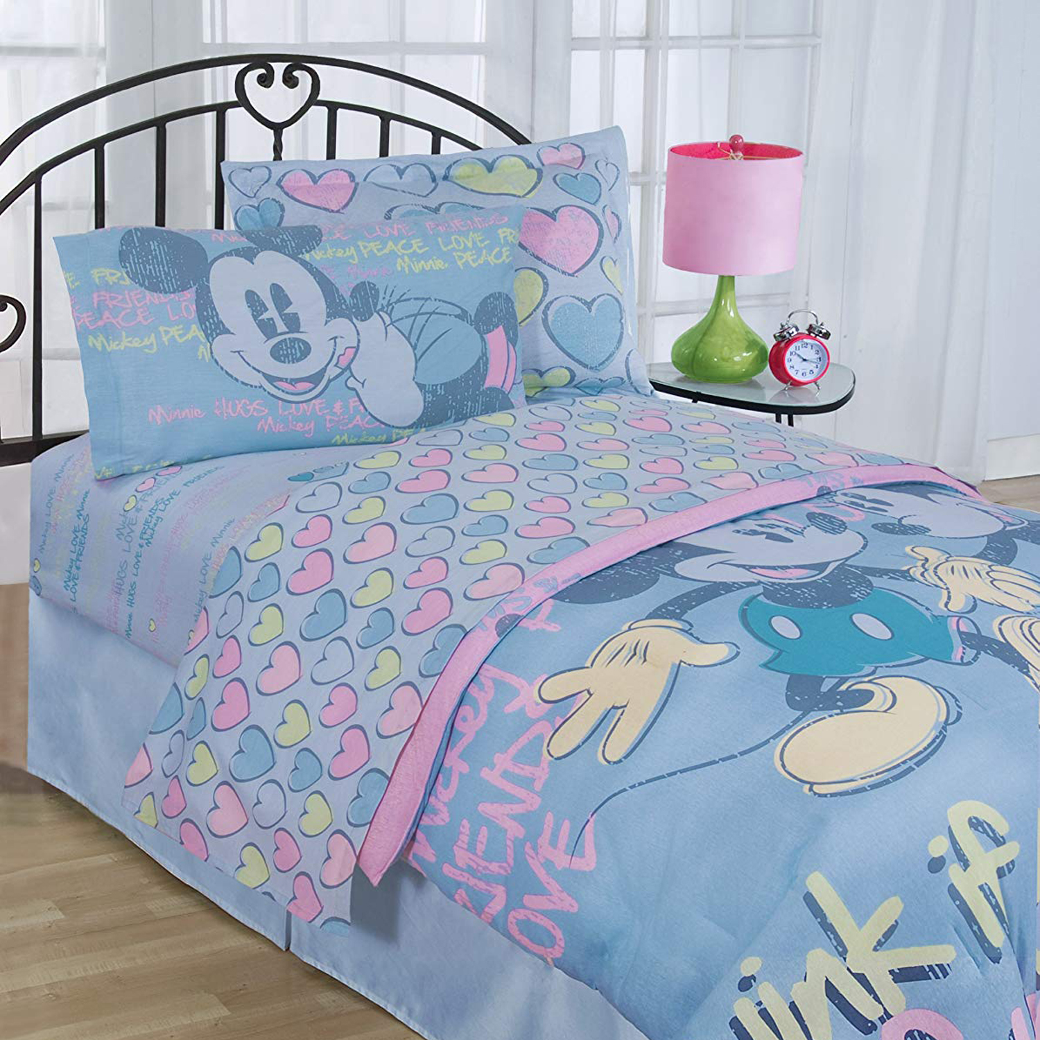 Mickey and Minnie Mouse Bedding Set